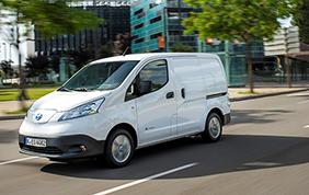 Parte la commercializzazione della nuova Nissan e-NV200