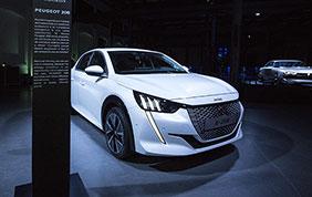 Nuova Peugeot e-2008: al via le prenotazioni on-line