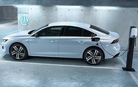 L'efficienza della nuova Peugeot 508 Hybrid