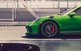 Pneumatici Dunlop ancora in primo impianto per Porsche