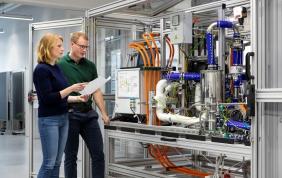 Bosch collaborerà alla produzione di celle a combustibile per autocarri e auto