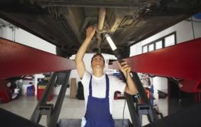 Manutenzione auto: spesi 32 miliardi in Italia