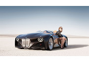 Auto e seduzione: il 54% degli italiani usa la car per sedurre