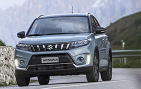 Vitara Hybrid : debutto al Suzuki 4x4 vertical winter tour