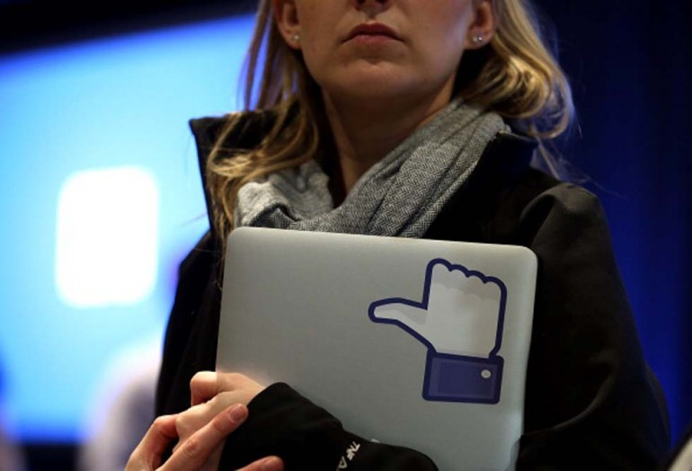 Facebook lotta al cancro al seno