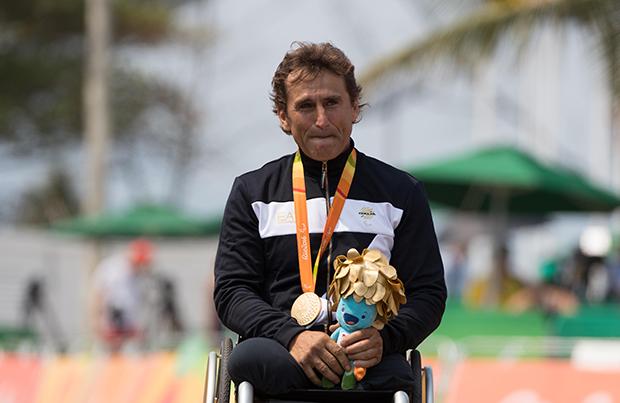 Zanardi oro a Rio Ringrazia anche Enervit