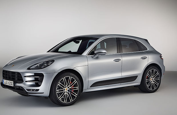 Porsche Macan Turbo pacchetto Performance